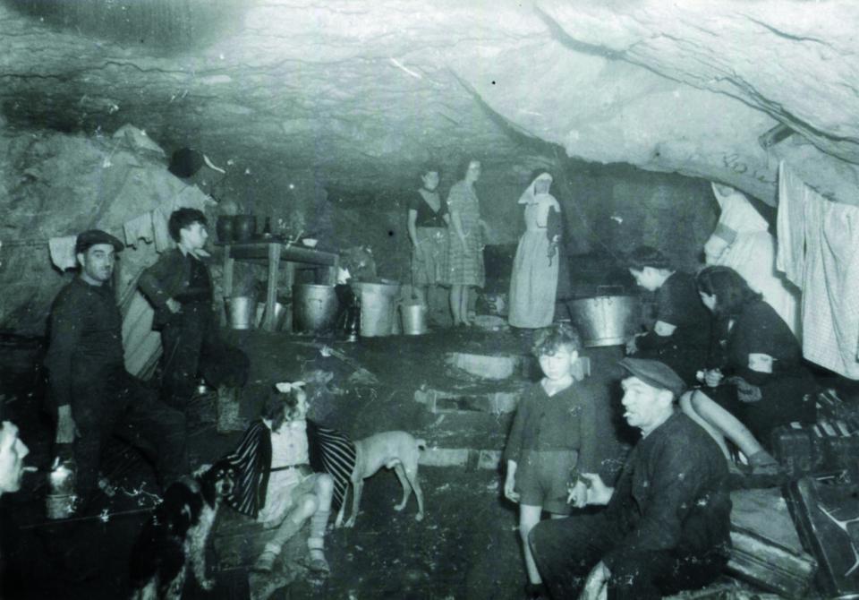 Scène de vie dans la carrière des Coteaux à Fleury-sur-Orne
