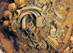 Le trésor de Mathay (Doubs) et l'émergence des élites de l'âge du Bronze