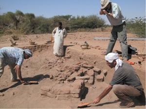 Méroé et les fouilles archéologiques françaises au Soudan
