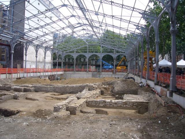 Sur le Carreau... Des archéologues sur le carreau du temple de paris