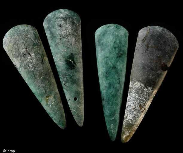 Les archéologues et anthropologues s'intéresseraient-ils exclusivement aux objets ?