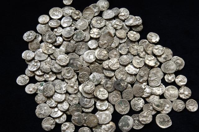 Quand les élites gauloises retournaient leur veste... découverte du trésor d'un gaulois vendu à Rome.