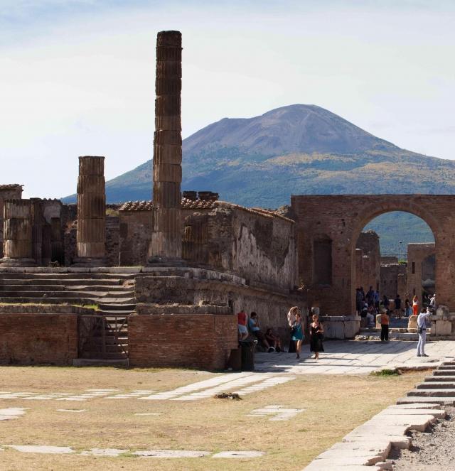 Recherches et découvertes à Pompéi