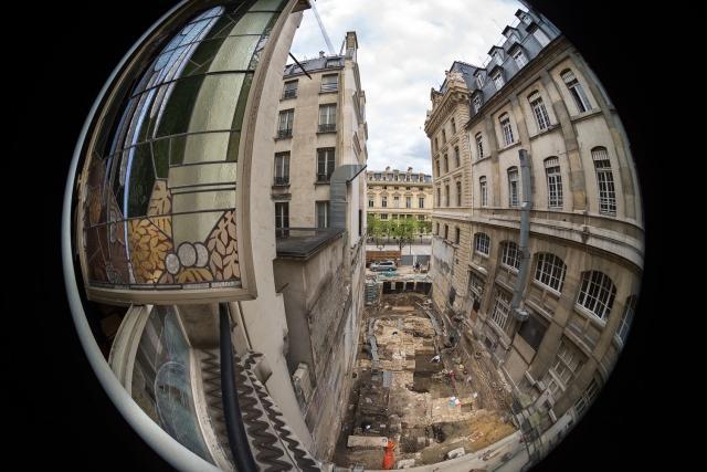 Les origines de Lutèce cachées sous la Préfecture de Police de Paris