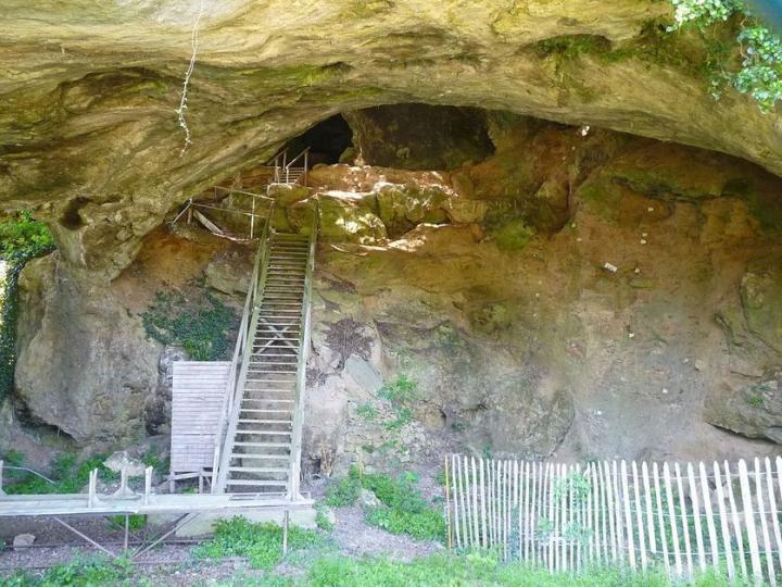 La grotte de Montgaudier