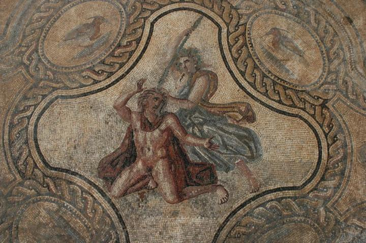 Mosaïque de Penthée découverte en 2006 à Nîmes
