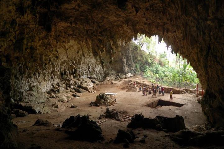 La grotte Liang Bua, Indonésie, où résida l'Homme de Flores