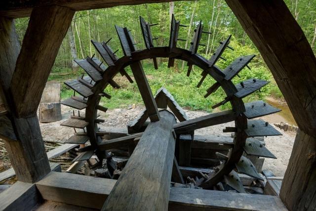 les moulins hydrauliques de Thervay (Jura)