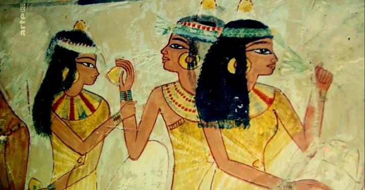 le-harem-du-pharaon-soleil-min.jpg