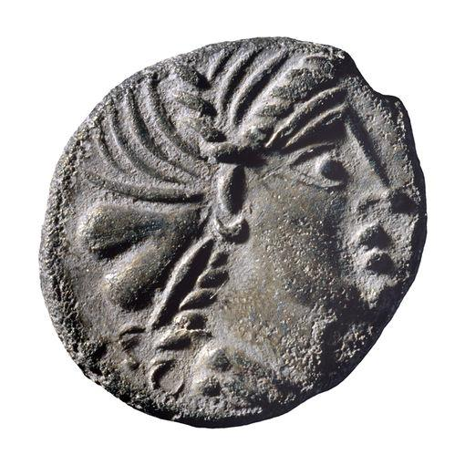 Monnaie de Litaviccos, frère et traître de Rome ? • Crédits : Antoine MAILLIER / Bibracte