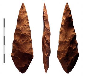 50000 ans plus tôt qu'en Europe, Homo sapiens maîtrisait la retouche par pression à Blombos, à l'extrême sud de l'Afrique