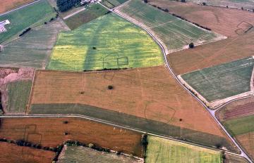 Livré-la-Touche (Mayenne) : révélations simultanées d'enclos d'habitats gaulois.