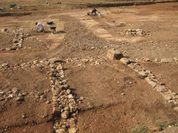 Cuers, visite de la fouille archéologique