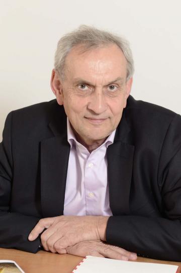 Jean-Paul Jacob, renouvelé dans ses fonctions de président de l'Inrap