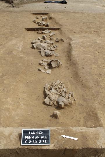 Un site de l'âge du Bronze et une ferme gallo-romaine découverts sur la zone d'activités de Penn an Alé, à Lannion