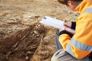 Portes-ouvertes dimanche 8 décembre 2013 : À Mauguio (Hérault), une fouille archéologique fait ressurgir la vie des paysans du haut Moyen Âge