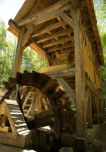 Un moulin pour Guédelon : archéologie expérimentale