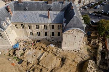 Viarmes retrouve son château médiéval