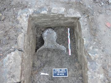Fouille en laboratoire de deux sépultures en cercueil de plomb des XVII<sup>e</sup>-XVIII<sup>e</sup> siècles découvertes récemment à Flers