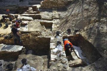 Les origines de la Lutèce romaine : des fouilles au sommet de la Montagne Sainte-Geneviève