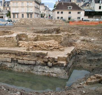 Du pré de la Cercle aux bains lavoirs publics de Caen : quand archives et archéologie dialoguent...