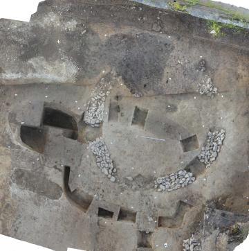 Vue de la nécropole du Ier et IIe siècle de notre ère : enclos A avec bâtiment circulaire