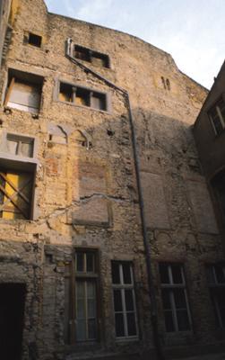 Hôtel Saint-Livier, rue des Trinitaires (1)