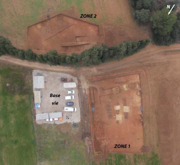 Localisation des deux zones de décapage.  La Mourre, Mauguio (Hérault), 2013.   © Drone concept, Inrap