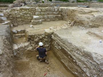 Fondation de mur et ancienne voirie de Toussaints, à Châlons-en-Champagne