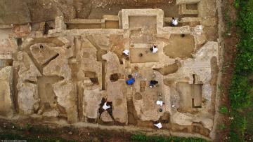 Vue d'ensemble du dernier état d'une domus en cours de fouille (seconde moitié du IVe siècle), Auch (Gers) 2017.