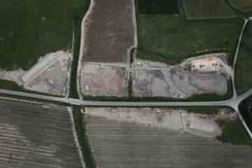 Vue générale prise par drone de la surface décapée en 2013.   Aubrespin, Saint-Gervasy (Gard), 2013.    © Drone Concept, Inrap.