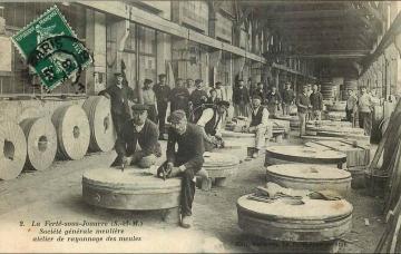 La Ferté-sous-Jouarre, Société générale meulière, atelier de rayonnage des meules