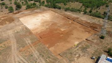 Vue générale du site à la fin du terrassement.  Fromigue, Lattes (Hérault), 2014.    © Matthieu Raffier, Inrap
