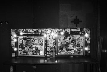 Loge, miroirs de maquillage, 5 février 2021.