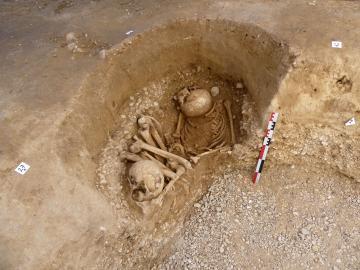 La tombe mésolithique de Casseneuil.