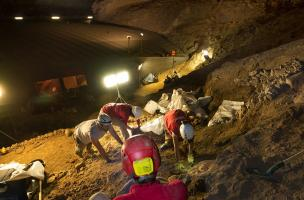 Il y a 35 000 ans, les Aurignaciens, premiers hommes modernes à occuper  la grotte du Mas d'Azil