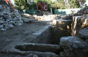 Sur la colline de Substantion à Castelnau-le-Lez, découverte de l'église médiévale et de son cimetière
