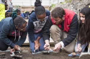 Un archéologue en résidence dans un collège