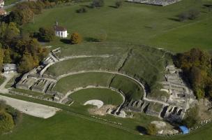 Archéologie aux pieds du théâtre gallo-romain de Mandeure