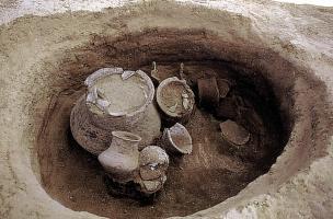 6-4-7 Urne cinéraire en céramique