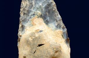 au moins 300 000 ans.