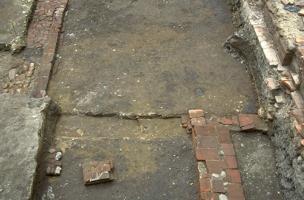 Sols de la maison canoniale, 1400-1450