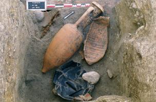 Vue du fond d'un des puits présent sur le site (puits PT63).