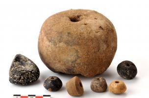 6-7-5 Pesons et fusaïoles en terre cuite