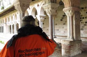 Découverte d'une chapelle du XII<sup>e</sup> siècle aux abords de l'abbatiale Saint-Pierre de Moissac (Tarn-et-Garonne)