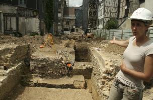 Un pan de l'histoire du centre d'Elbeuf dévoilé par les fouilles archéologiques