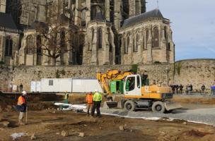 Vestiges médiévaux sous la place du Jet d'eau au Mans