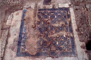 Sur la trace des Amazones ? Une mosaïque romaine en Moselle