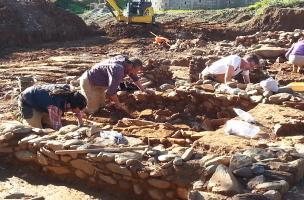 Du nouveau sur l'agglomération antique d'I Palazzi à Venzolasca (Haute-Corse)