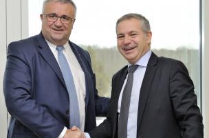 Philippe Amequin, directeur général de Bouygues Travaux Publics et Pierre Dubreuil, directeur général de l'Inrap.